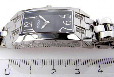 ... Švýcarské hodinky DOXA 456 167c9f1c292